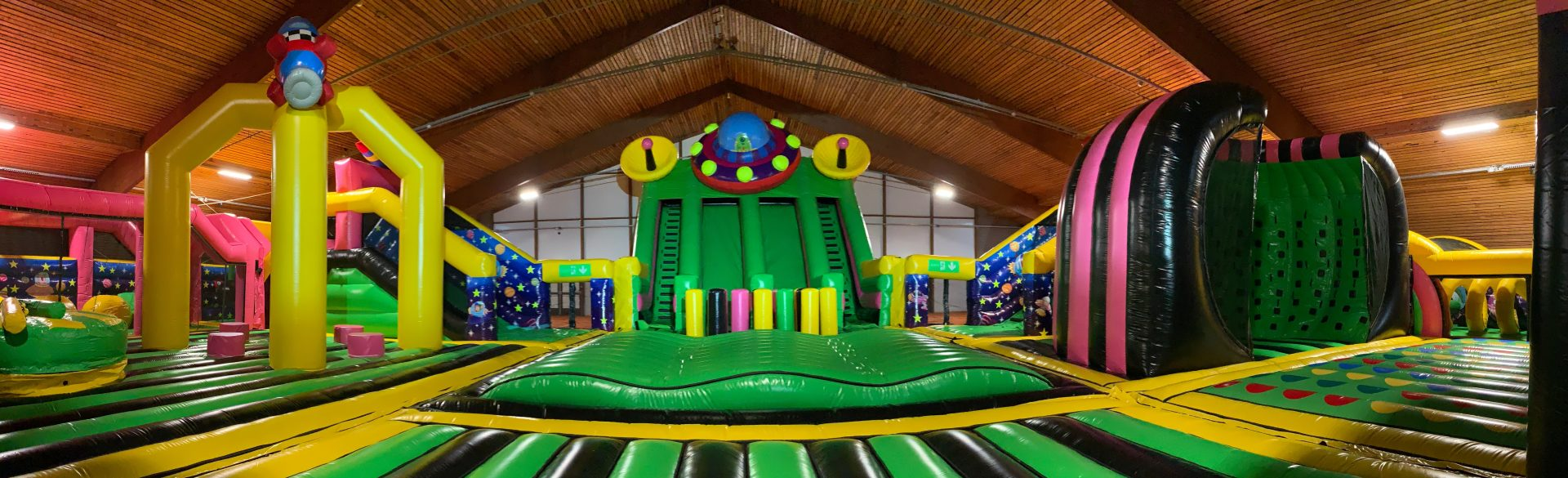 Inflatable indoor park
